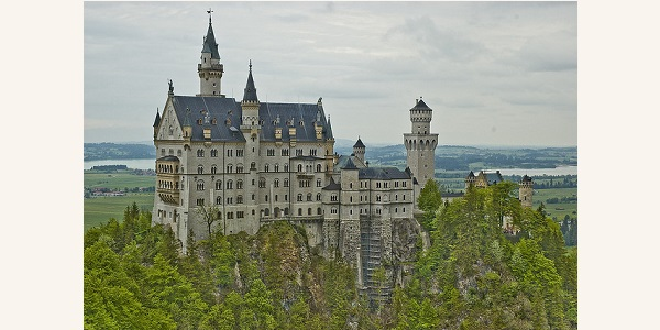 German Spotlight: A Visual Journey through the Enchanting Castles of Germany